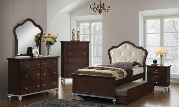 Allison Youth 6 Piece Twin Or Full Bedroom Set