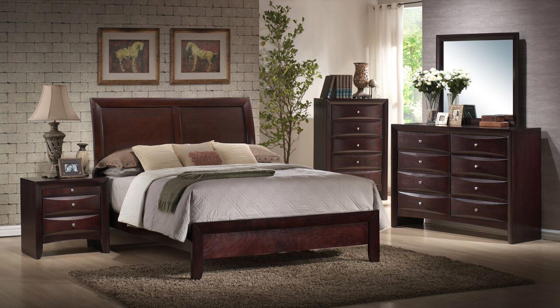 Emily 6 Piece Bedroom Set | Gonzalez Furniture