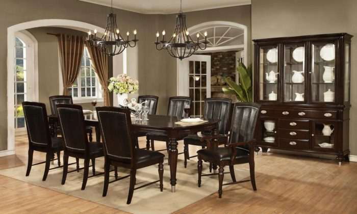 Dundee Place 7 Piece Dining Room Set
