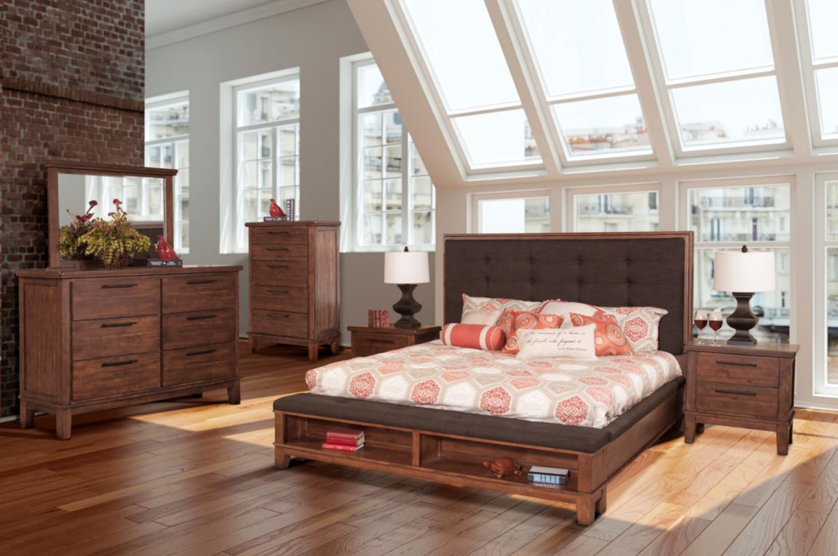 B594 Brown Ashley Bedroom